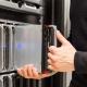 Administrator danych powinien na bieżąco kontrolować wydajność serwera SQL.